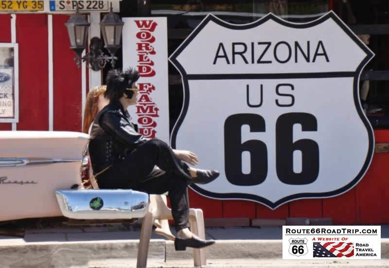 Elvis and friend take a break along Route 66 in Arizona