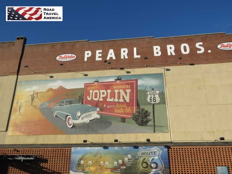 Joplin, Missouri mural at Pearl Brothers